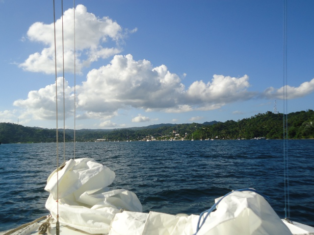Approaching the town of Samana