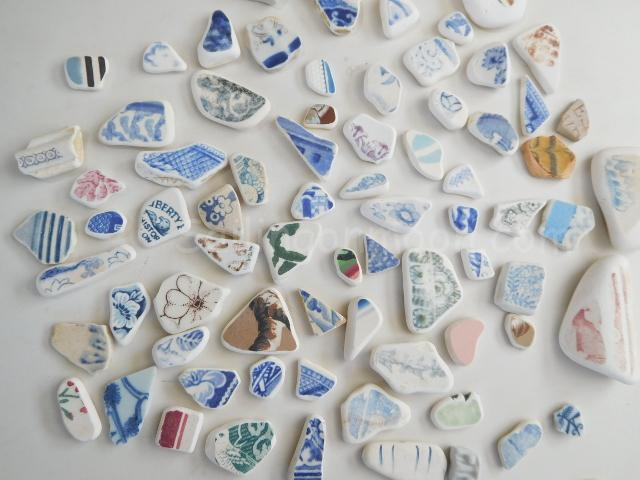 Here is some of the chaney that I found on the beach by the boatyard. Chaney are shards of broken china that make it to the sea and are smoothed and tumbled by rocks. I just can't get enough of them. I always get excited when I find a nice piece. It is hard not to think about where it may have come from, how old it is and who it might have belonged to. So much history in every find!